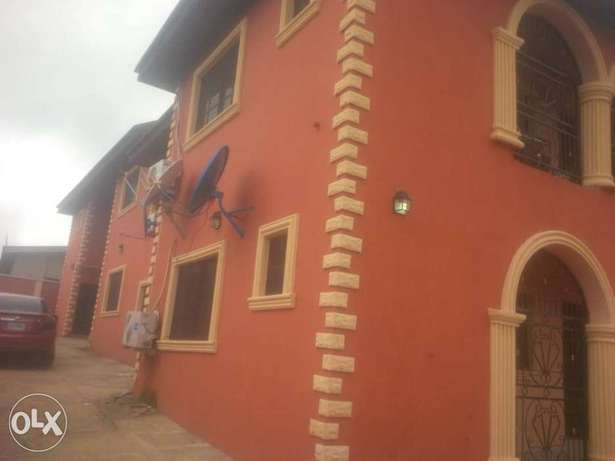 Tastefully built 3 bedrooms for rent in Elebu,off akala express Ibadan South West - image 1