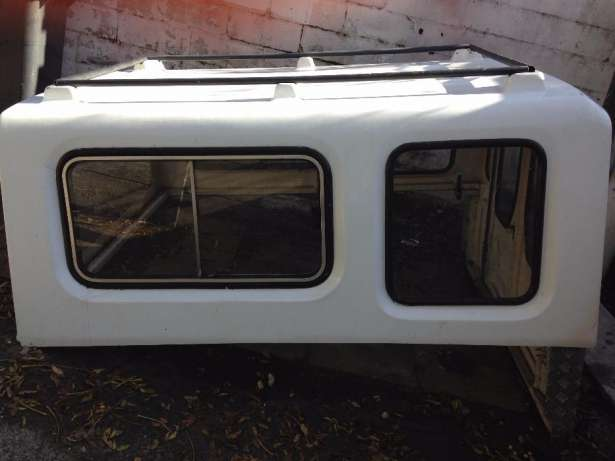 Canopy for Toyota Stallion 1800 in very good condition and extremely w Goodwood - image 2