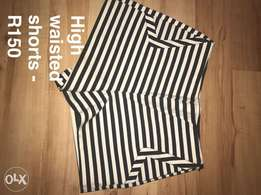 Stripped high waisted shorts