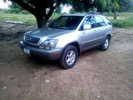 Toyota lexus Rx 300 with first body for sale