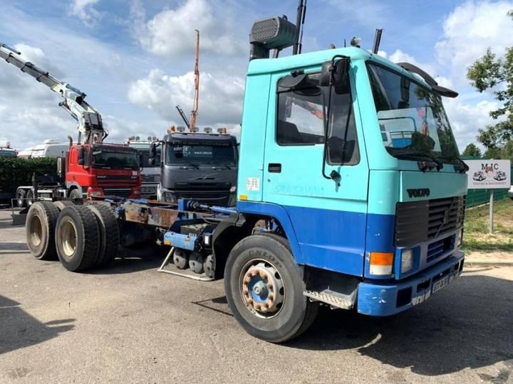 Volvo FL10-320 - 6x4 - STEEL SPRING / SUSP. LAMES / BALLIESTAS / - 1991