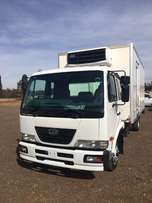 Nissan UD 60 Fridge unit spotless 2010
