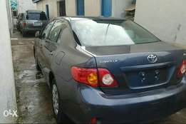 Neat 2009 Tokunbo Toyota corolla accident free, first body