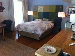 TO RENT; a very nice up market open plan apartment in somerset west..