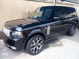 2010 range rover vogue. Autobiography. Selling at affordable cars