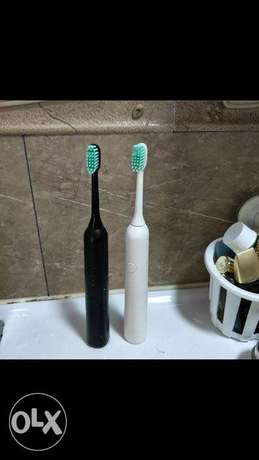 electrical toothbrush white color Athi River - image 1