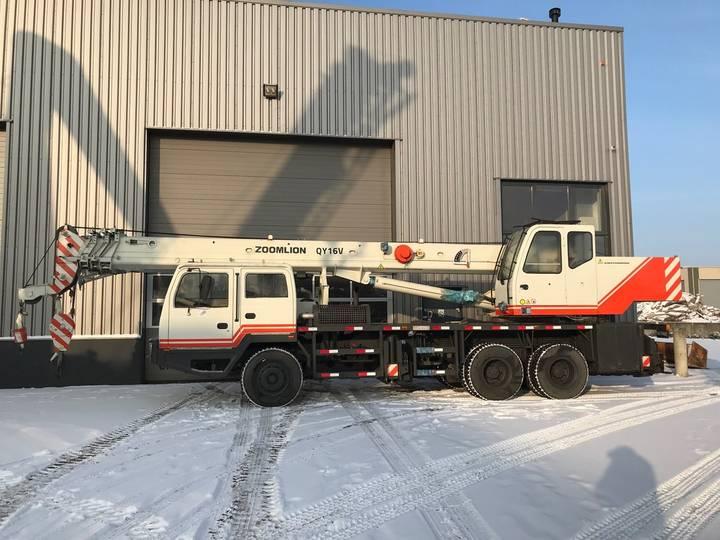 Zoomlion QY16D 16 Ton 6x4 Hydraulic Truck Crane - 2013