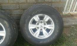 Mag's & Tyre