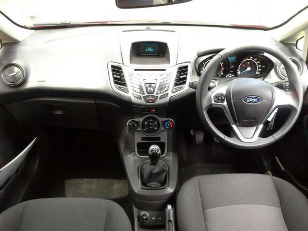 2015 Ford Fiesta 1.4 Ambiente Gezina - image 8
