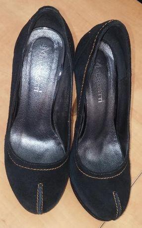 Женские туфли нубук  100 грн. - Жіноче взуття Харків на Olx 878770633355f