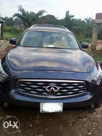 very clean used Infiniti FX50 09 with full option Apapa - image 1