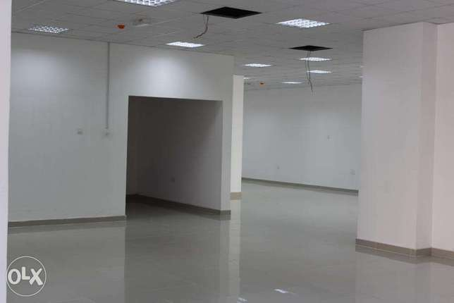 Big Showroom in Good Location in Ghala (with free internet ).v