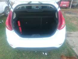 Ford fiesta 1.6 trend for sale