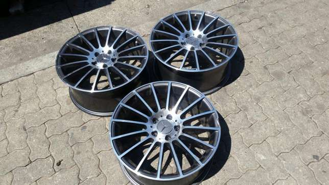 "3 AMG 18"" Mercedes-Benz rims. Missing one rim. Bramley - image 1"