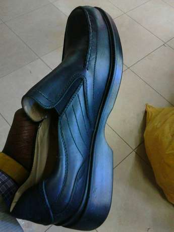 Rubber sole formal shoes for men. Brand new. FREE DELIVERY. Nairobi CBD - image 3