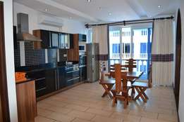 REMINISCENT CLASSY 1 bedroom Beach Apartment With Gym