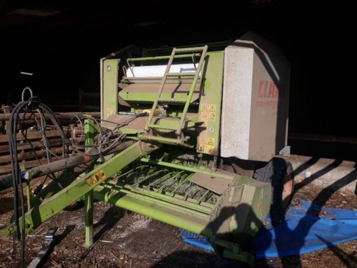 Claas rollant 250 - 2001