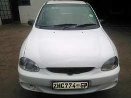 Very clean corsa lite 1,3l 2000 model for R28000