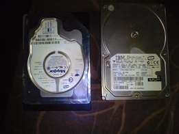 2 X 40gb Hard drives & 2 x 512mb Rams for sale