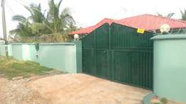 Single rom self cont, wit a sept meter n generator at Teshie for rent