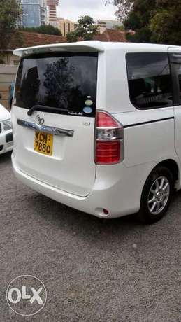 Just arrived Toyota Noah fully loaded best deal in town Nairobi CBD - image 7