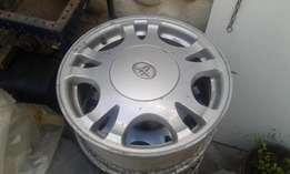 Toyota Camry original 15 inch mag rims. Set of 4 mag rims.Good cond.