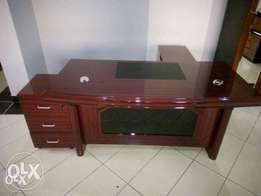 G8 Exquisite Executive Office Table 1.6m(New)