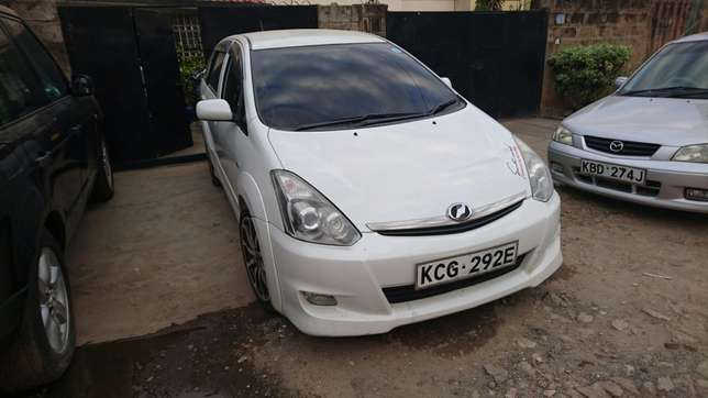 Amazing Toyota wish TRD milited edition for sale Upper Parklands - image 2
