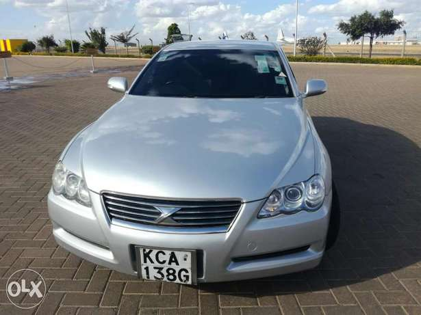 Toyota Mark X..Four Wheel Drive..Wood Interior..Excellent Condition Nyayo - image 6