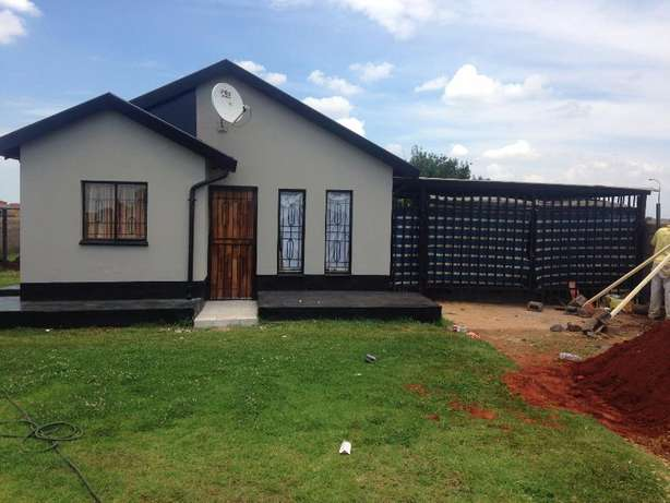 2 bed room house to let in Villa Liza (East Rand) Villa Lisa - image 2