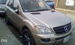 Mercedes Benz ML350 07 model and