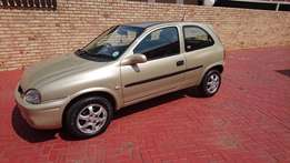 Very Nice Condition ! LOW MILAGE ! 2002 Corsa 1,4iS SPORT AC !!