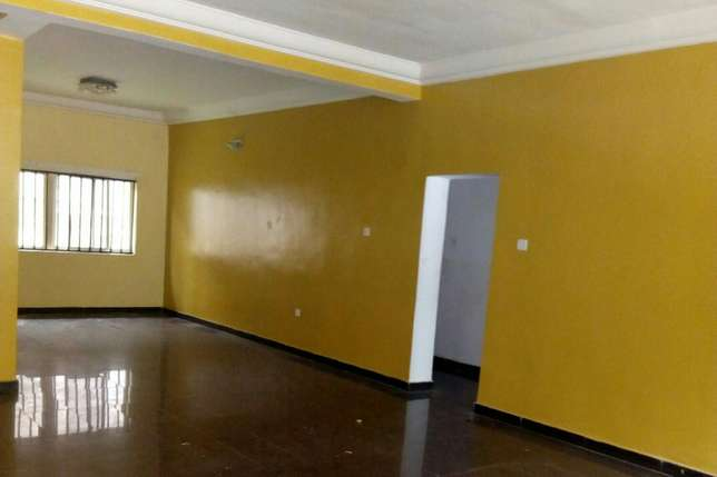 2 bedroom flat Wuse - image 1