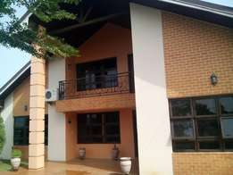 Executive 4 bedrooms with one bedroom boys quarter for rent at Spintex