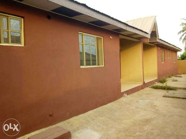 A New House Of Three Bedroom Flat At Akilapa Estate,Ibadan. Ibadan South West - image 2
