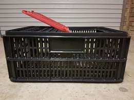 Poultry crates fits 10 birds