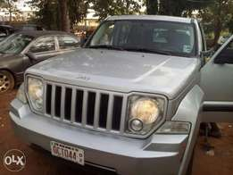 08 liberty toks Jeep up for grabs