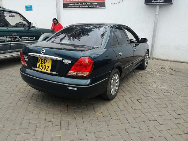 Nissan Sunny supper salon Nairobi CBD - image 2