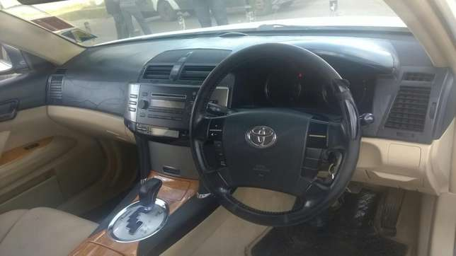 Toyota Mark x in great condition. Buy and drive!! Embakasi - image 3