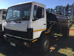 Mercedes Benz 1417, single diff, 8000 Litre honeysucker