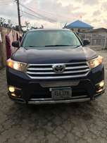 toks 2012 Toyota Highlander fullest option