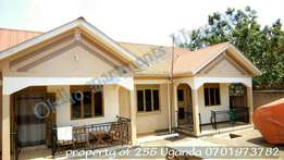 2 bedroom house in bweyogerere bbutto at 350k