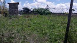 100 by 100 piece of land for sale in Kantafu