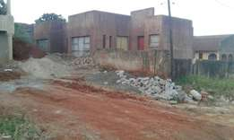 makwarela house good for students, next government offices, tar roads,