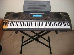 Casio WK 1800 Grand Keyboard Piano / Arranger-synthesizer