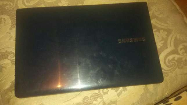 Samsung laptop for sale Westlands - image 2