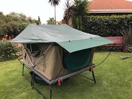 Rooftop tent (hard shell)
