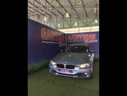 2012 BMW 3 Series 320i Luxury Line A/T (F30) - R199 900
