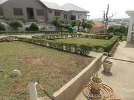 10 bedroom house on a 7 plot of land