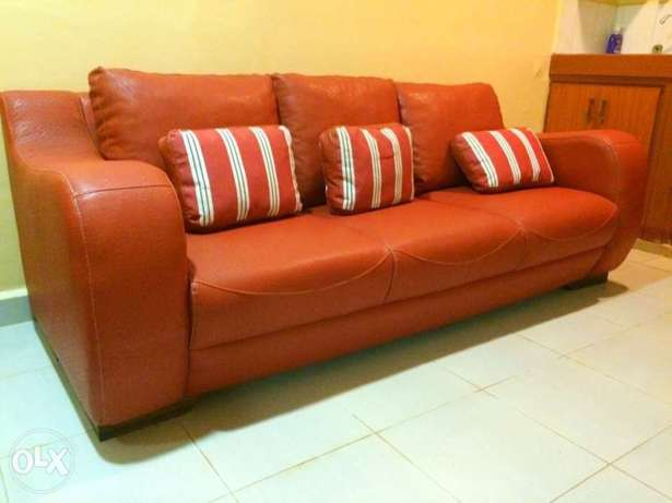 3 seater leather sofa imported Kampala - image 1
